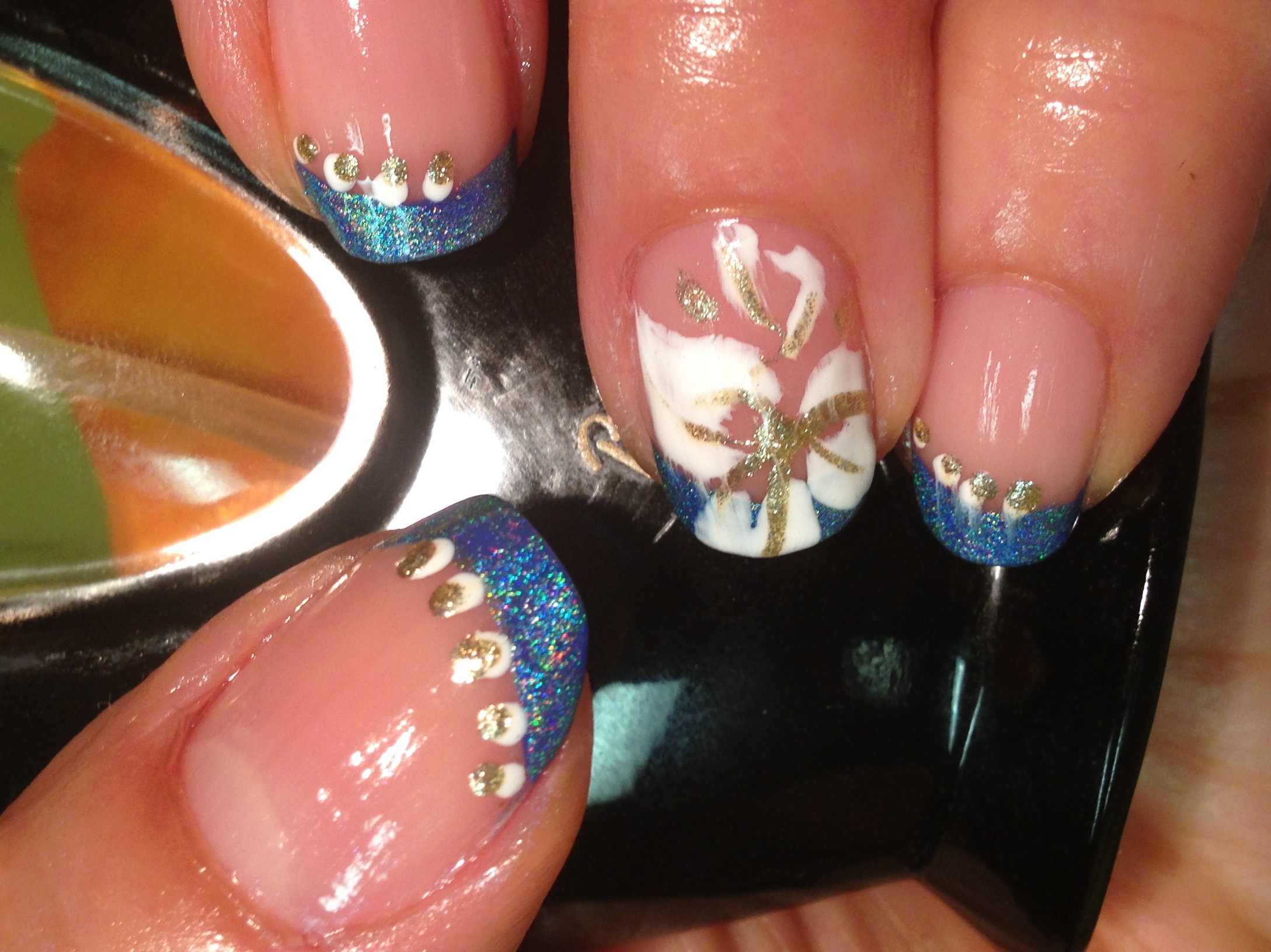 French mani with flower nail design | cheapyummyshiny
